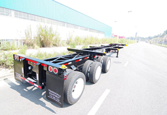 20-foot : 40-foot combo chassis